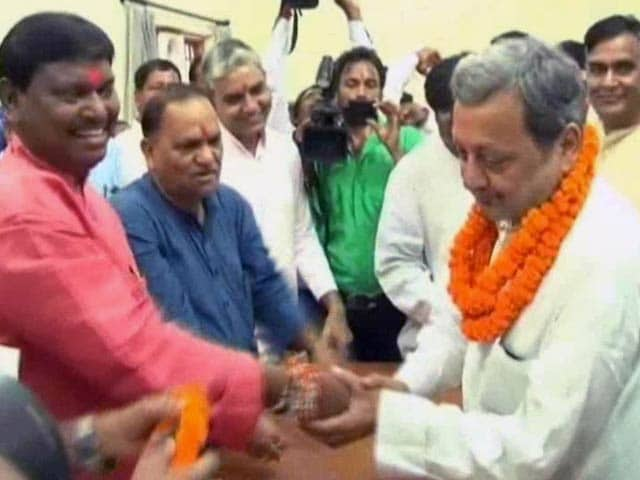 Video : Displeasure in Jharkhand BJP After Scam-Tainted Leader Joins Party