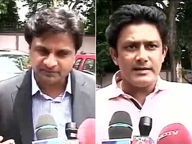 Video : Anil Kumble, Javagal Srinath Walk Out of KSCA Meeting