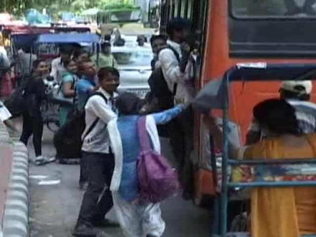 Video : On India's Killer Roads, 20 Children Under Age of 14 Die Every Day