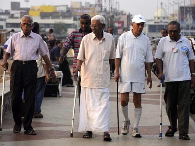 Video : इंडिया 7 बजे : बुज़ुर्गों को सरकार का तोहफ़ा