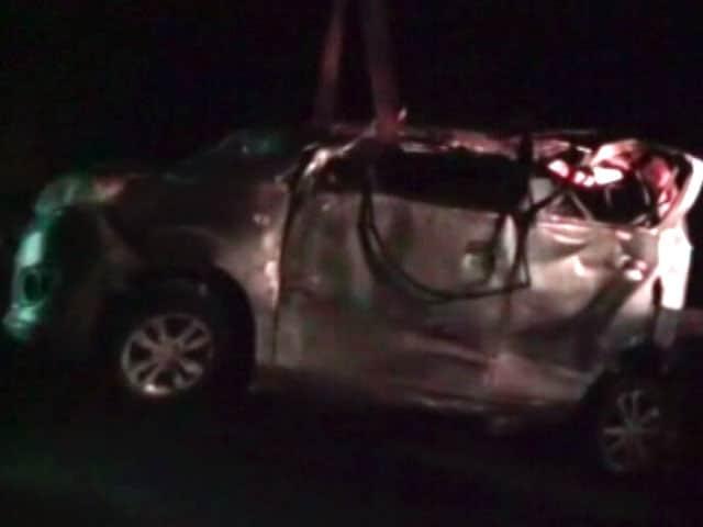 Video : ग्रेटर नोएडा में सड़क हादसे में सात की मौत