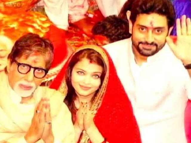 Video : Ganpati Bappa Takes Over Bollywood