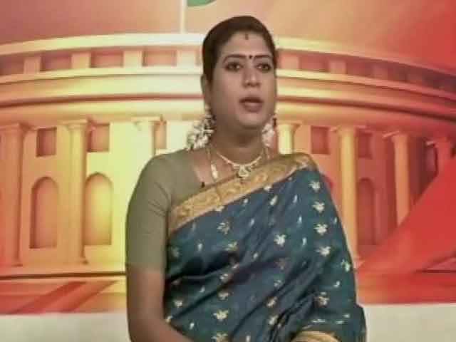 Video : India Gets its First Transgender TV News Anchor