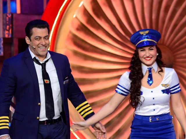 Video : Bigg Boss 8 Takes Off With Salman Khan