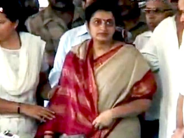 Video : Kavita Karkare, Wife of Top Cop Killed in 26/11 Terror Attacks, Dies in Mumbai