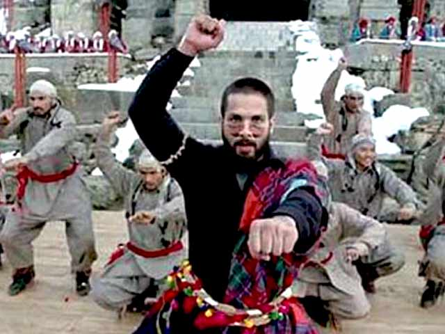 Video : <i>Haider</i> Movie Review