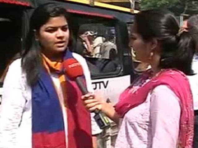 Video : Aditya Thackeray Like a Little Brother To Me: BJP Leader Poonam Mahajan
