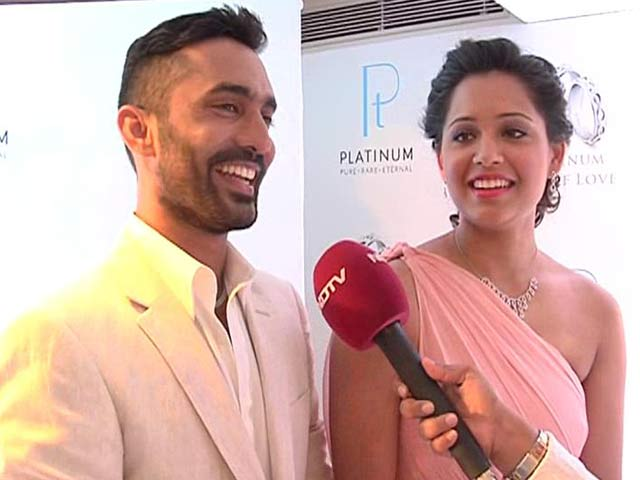 Video : Dinesh Karthik, Dipika Pallikal to Tie the Knot in 2015