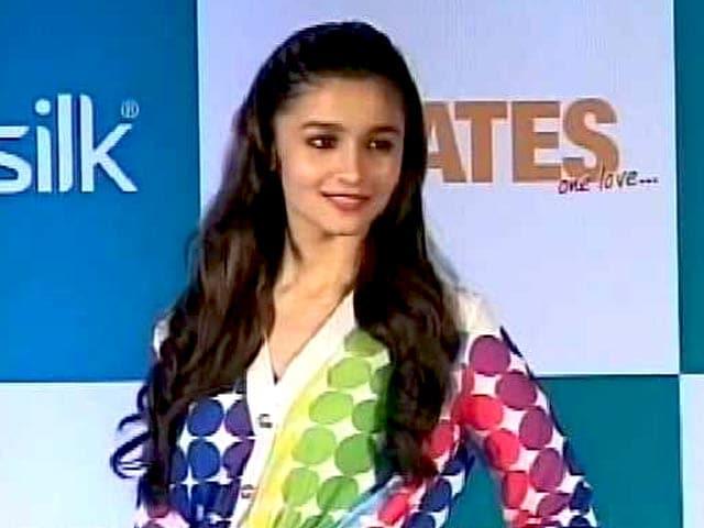 Video : Alia Bhatt is the 'Most Sensational Celebrity' Online