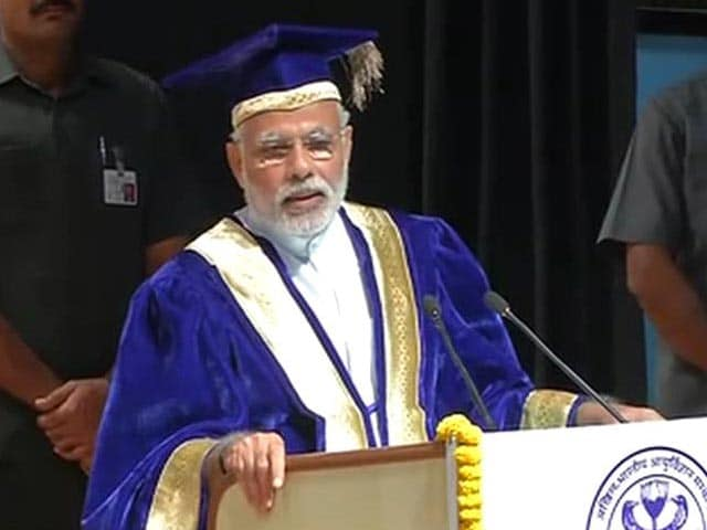 Video : Keep the Student in you Alive, Advises PM Narendra Modi