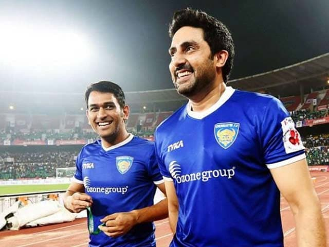 chennaiyin fc owner abhishek bachchan, ms dhoni co owner, jersey, photos,, logo, images, wallpapers, isl 2015 teams Indian Super League