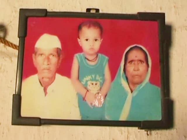 Video : Farmer in Drought-Hit Vidarbha Performs His Own Last Rites