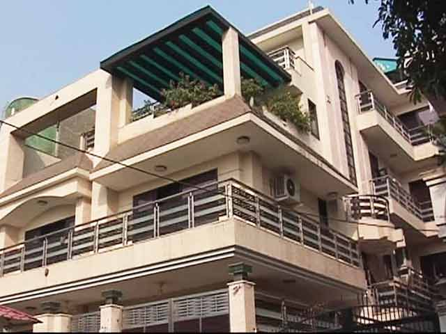 Video : Noida's Millionaire Bureaucrat has Diamonds Worth Rs 100 crore, 20 Properties