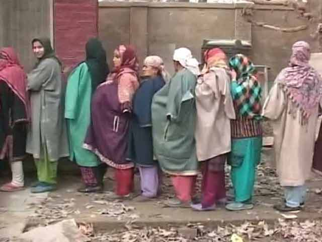 Video : Srinagar Moves On From Boycott Politics - 28% Polling a 25-Year Record. Overall Turnout 49%