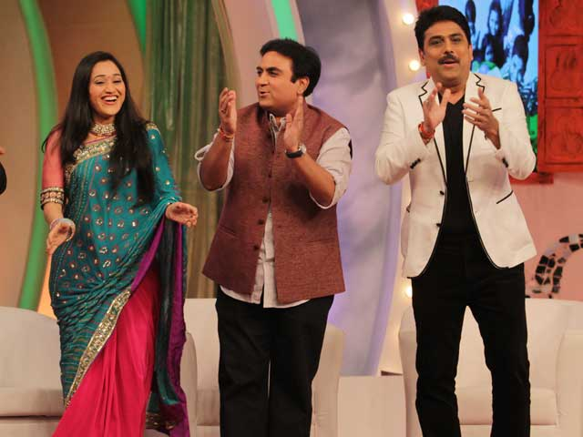 Tarak Mehta Ka Ulta Chashma Cast Perform Garba at the Cleanathon