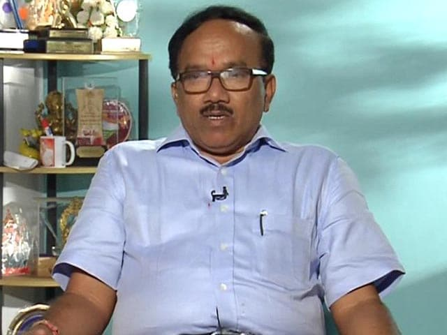 Video : Goa Chief Minister Laxmikant Parsekar Lends Support to the Swachh India Cleanathon