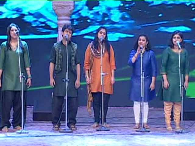 Bharat Humko Jaan Se Pyaara Hai: KM Choir Performs the Closing Act for the Cleanathon