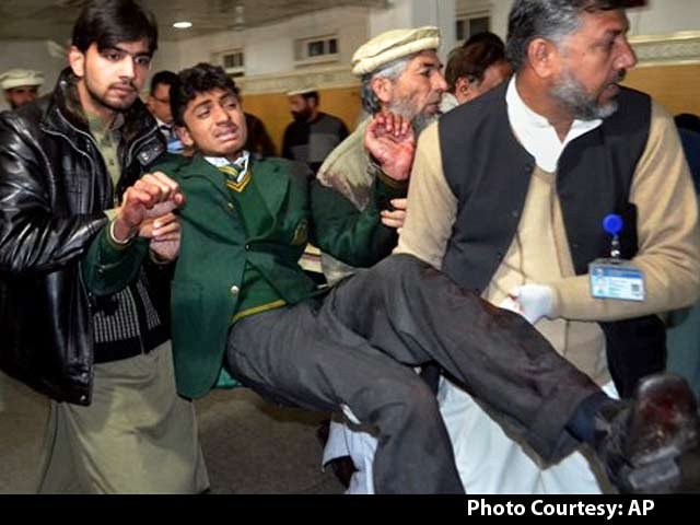 Video : More Than 130 Children Killed by Taliban in Pakistan School