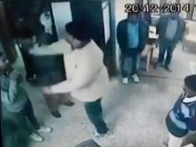 Video : Caught on Camera: BJP Leader, Aides Thrashing Private Company Staff in Madhya Pradesh