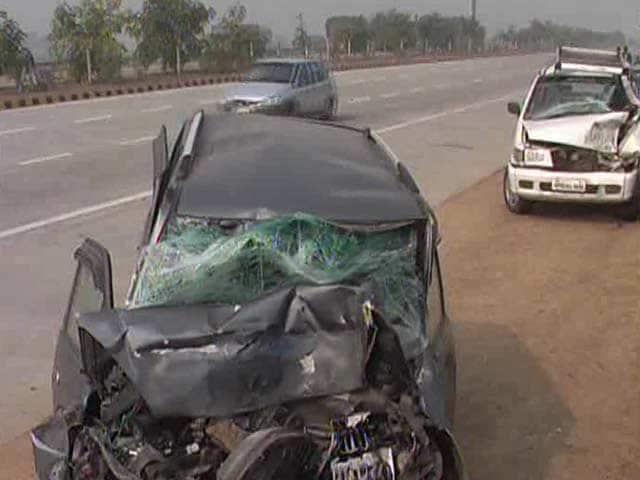 Video : 25-Car Pile-Up on Foggy Highway Near Delhi