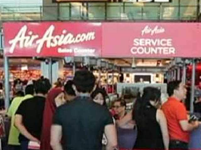 Video : AirAsia Plane Likely 'At Bottom of Sea': Indonesia Search Chief