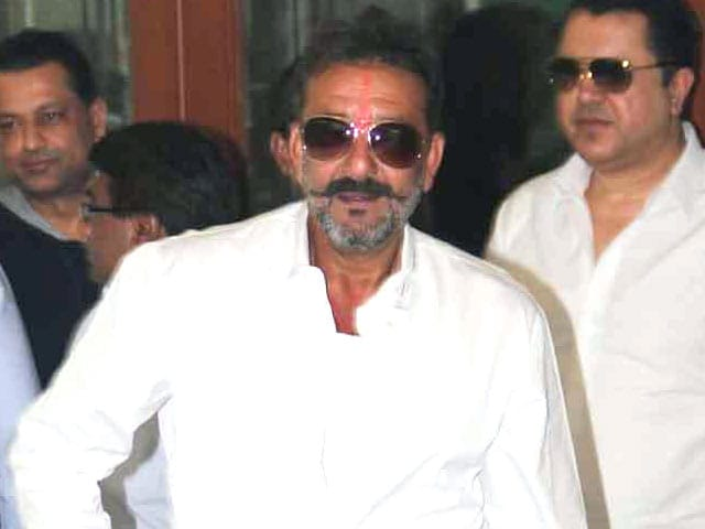 Actor Sanjay Dutt to Go Back to Jail As Parole Extension is Rejected