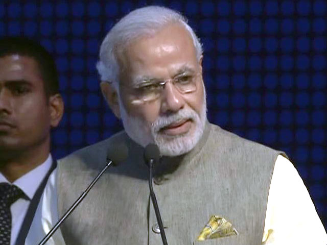 Video : 'We Have to Find Ways for Economic Stability, Recovery': PM Narendra Modi at Gujarat Summit