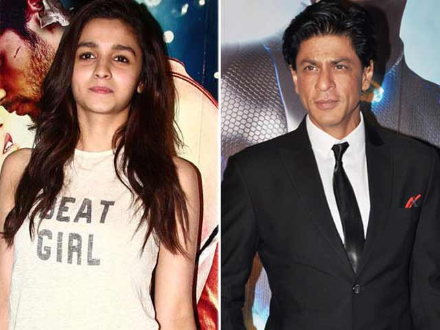 SRK Immortalized in Lifesize 3D Print Model, Alia's Award Season Woes