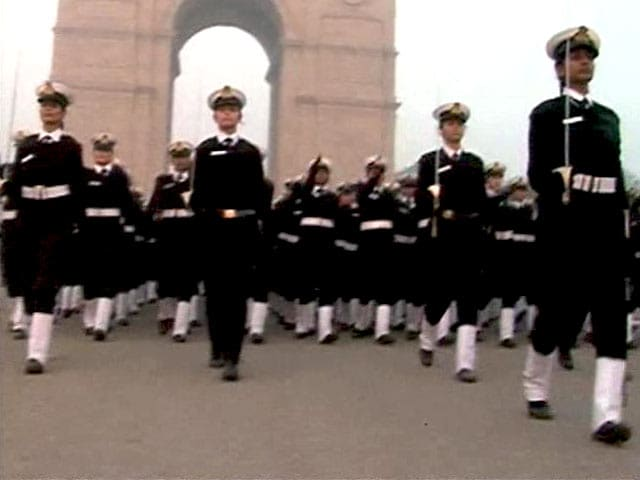 Video : At 3 am, Women Officers Practice. The Goal is Republic Day.