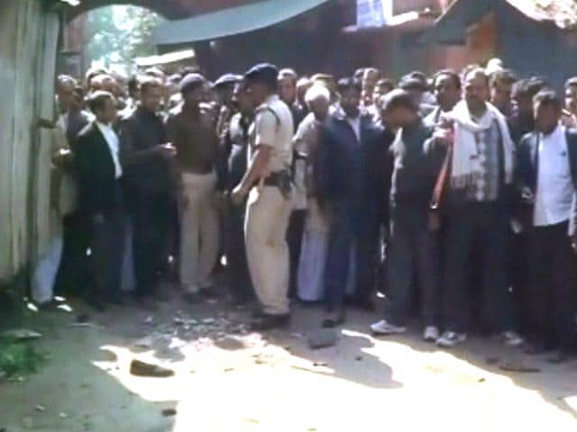 Video : Among Those Killed at Bihar Court, Woman Who Was Carrying the Bomb