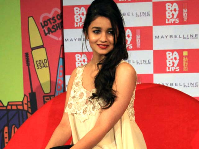 Alia Out of the Bhatt Camp?