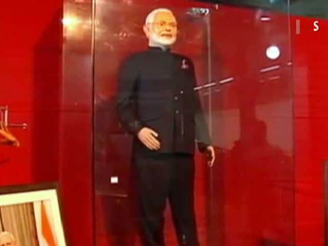 Video : Nearly Rs. 1.5 Crore For PM Modi's 'Name-Striped' Suit. Auction Ends Today