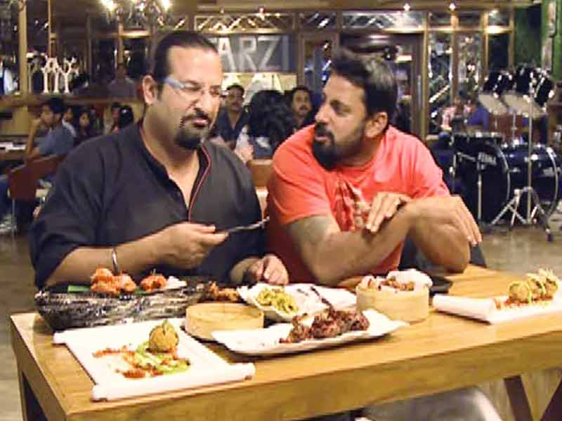 Video : Rocky & Mayur on the Hunt for Mouth-Watering Deep-Fried Dishes