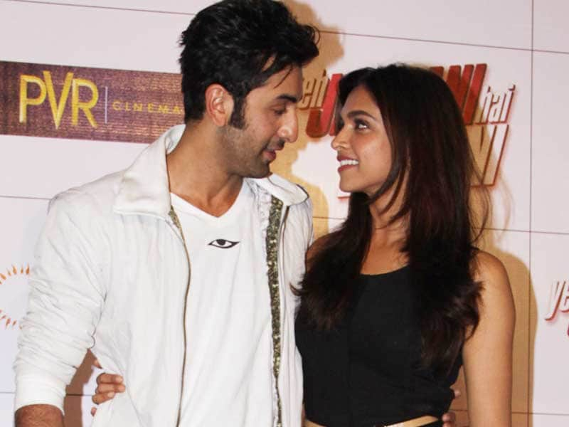 Video : Ranbir, Deepika's <i>Tamasha</i> Postponed?