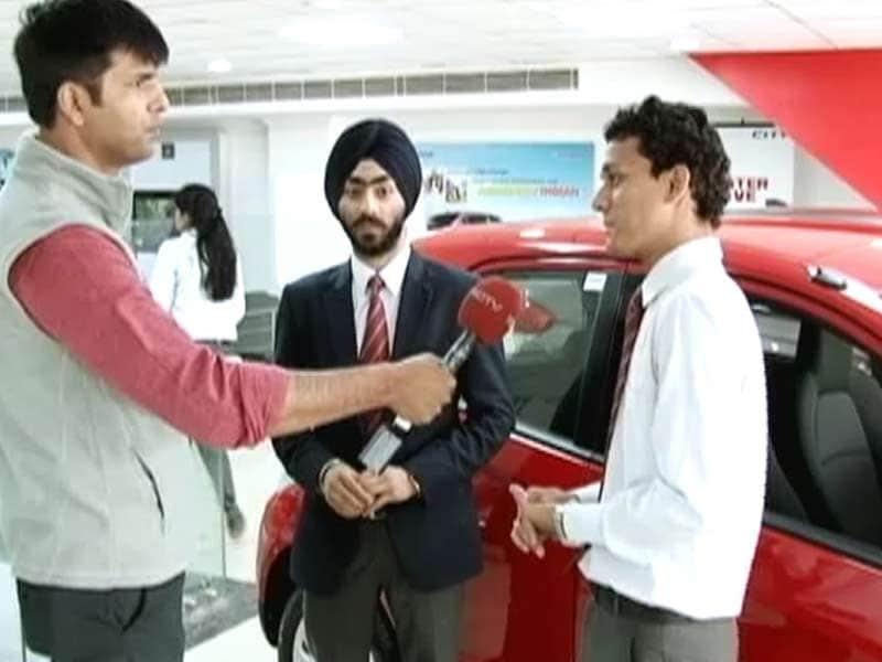 Video : रोड टू सेफ्टी : कारों में बुनियादी सुरक्षा तंत्रों की कमी