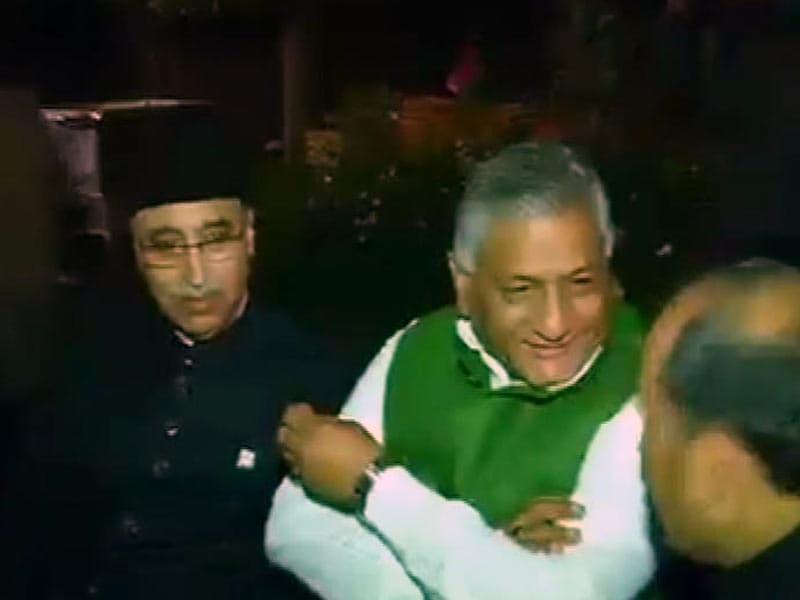 Video : General VK Singh's Tweets of 'Disgust' and 'Duty' Fuel Speculation, Barbs