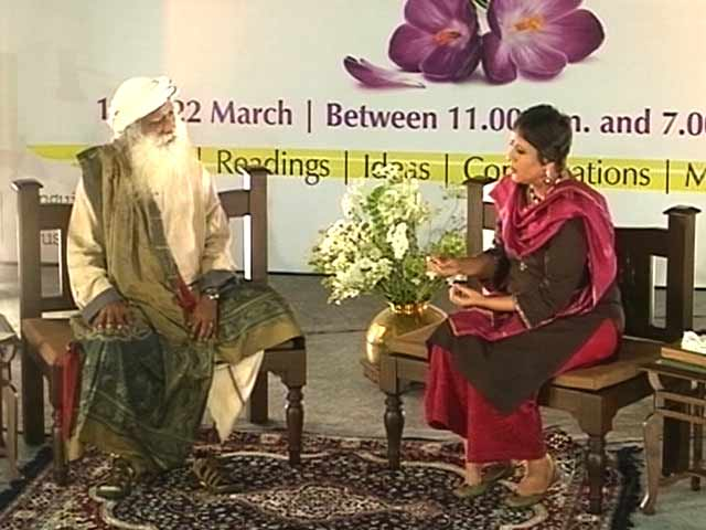 Video : We The People: Many Gurus Today Only Good to be Temple Priests, Says Sadhguru Jaggi Vasudev