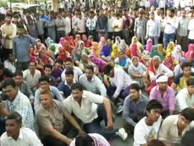 Video : Protests Over 5-Year-Old's Rape Block Major Intersection Near Delhi