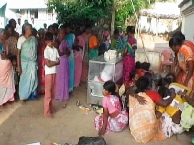 Video : Families of Alleged Smugglers, Killed in Andhra Pradesh, Protest on Road With Bodies
