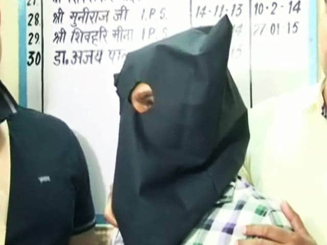 Video : गाज़ियाबाद में रविवार को हुई फ़ायरिंग में एक गिरफ़्तार
