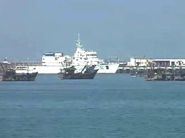 Video : Pakistan Boat With Drugs, Satellite Phones Intercepted Off Gujarat Coast