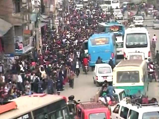 Video : Anger and Anxiety Mount in Earthquake-Hit Nepal as Stranded Indians Struggle to Get Home