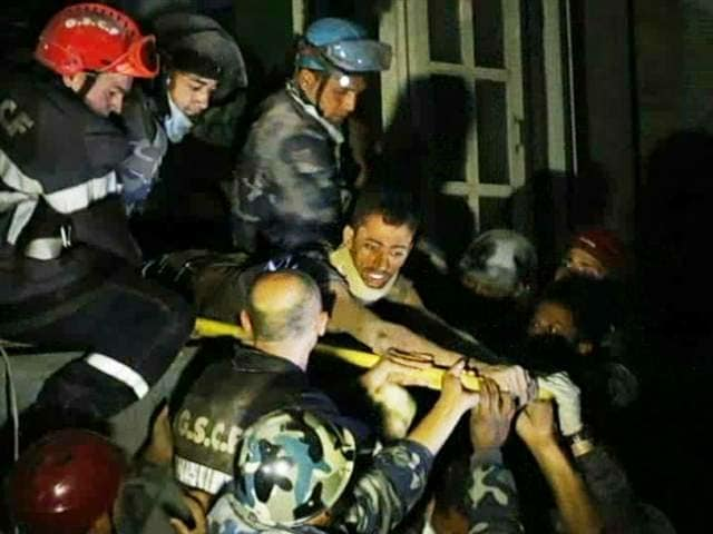 Video : Nepal Earthquake: Man Rescued After 80 Hours in Collapsed Building With 3 Bodies
