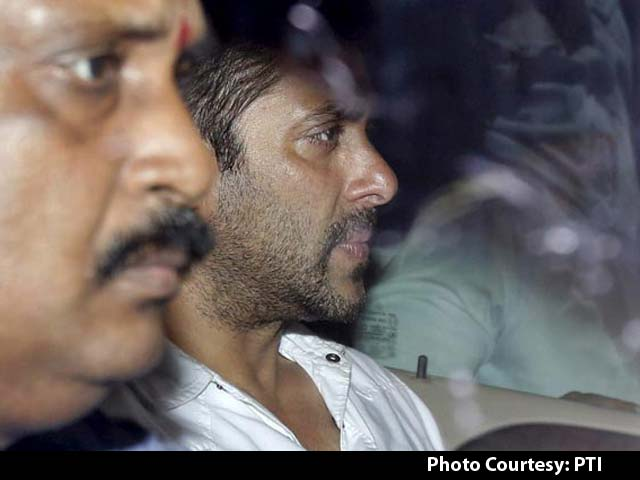 Salman Khan 'Went Home and Hid Himself,' Said Mumbai Judge
