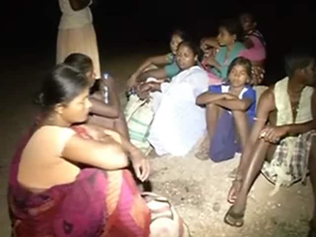 Video : छत्तीसगढ़ में माओवादियों ने अगवा 300 ग्रामीणों में से एक की हत्या की, बाकियों को छोड़ा