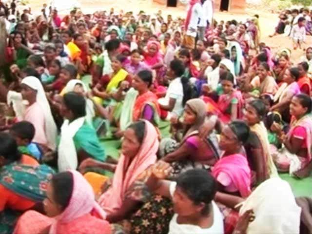 Video : Tribals in Chhattisgarh Protest Against Steel Plant Announced by PM Narendra Modi