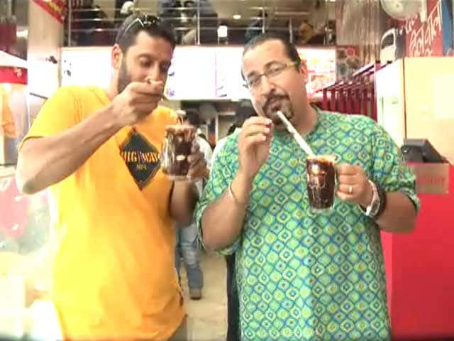 Video : Rocky and Mayur's Favourite: The Best Hot Chocolate Fudge in Delhi!