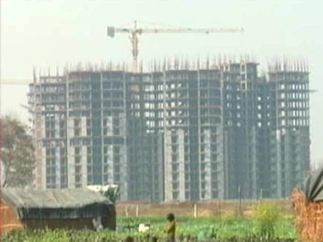 Video : Supreme Court Order Gives Relief for Greater Noida Flat Owners, Leaves Farmers Unhappy