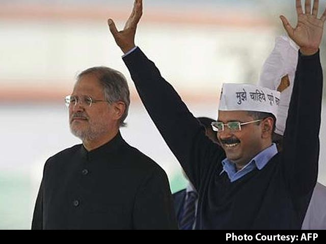 Video : Feud Between Arvind Kejriwal and Lieutenant Governor Najeeb Jung Reaches President