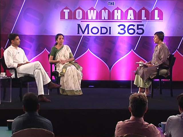 Video : The Townhall: Nirmala Sitharaman vs Sachin Pilot on 365 Days of Modi Sarkaar